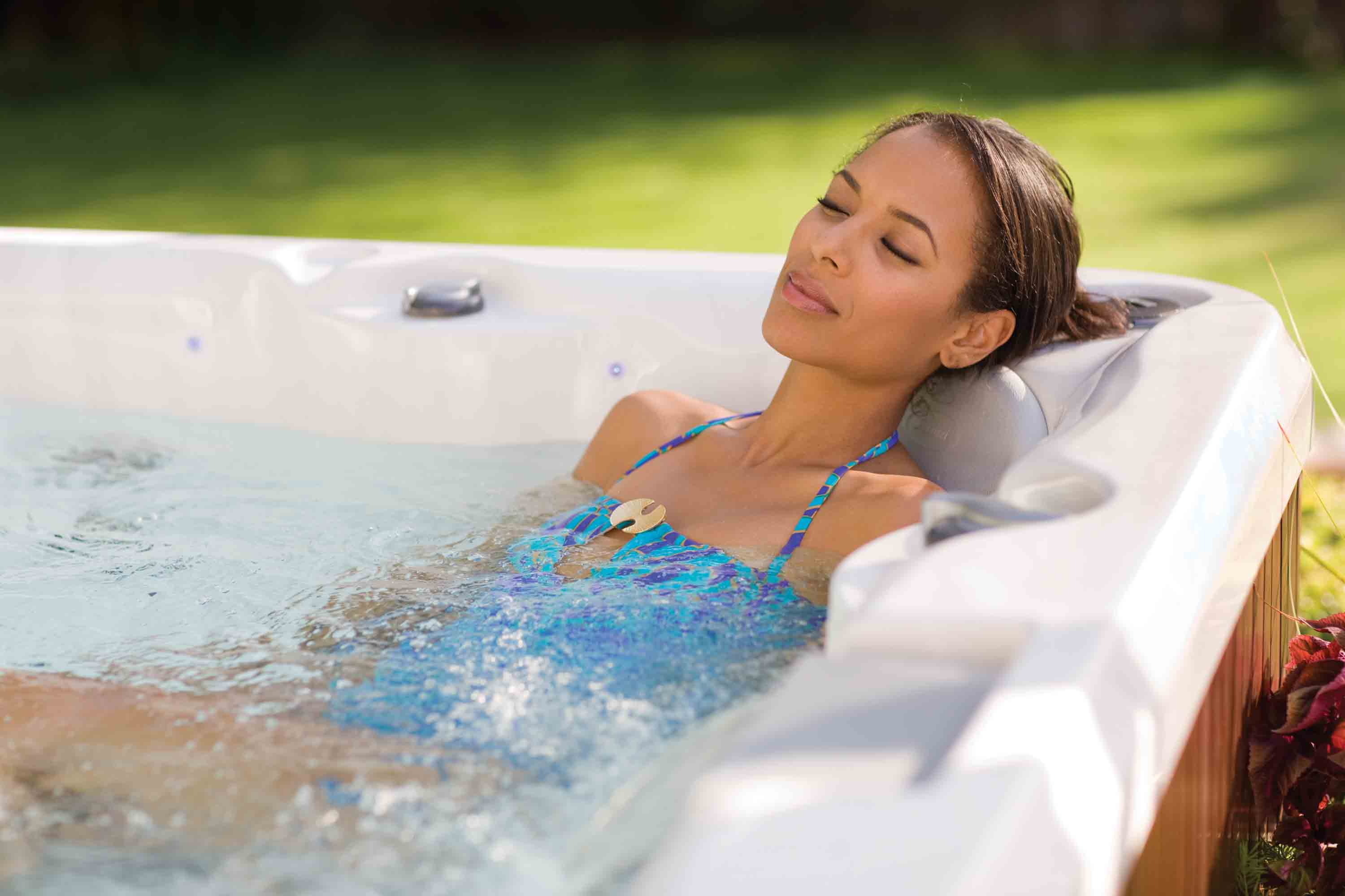 hot tub massage | BlahTherapy - Online Therapy and Counseling Services.